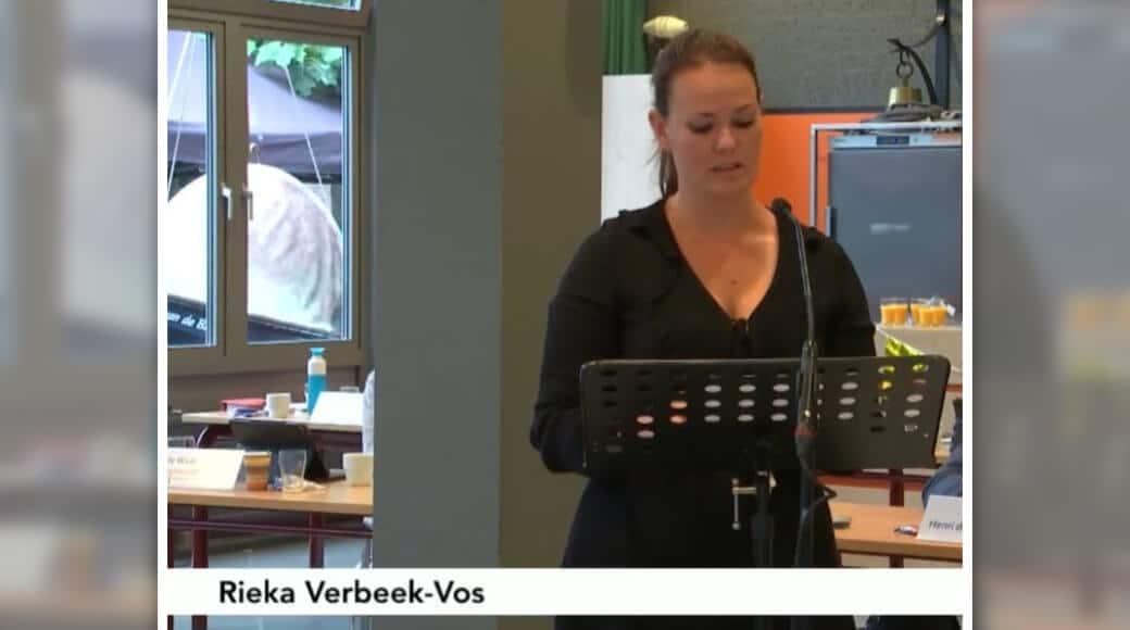 Rieka Verbeek tijdens behandeling motie intimiteitszorg